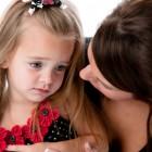 Consolando a una hija