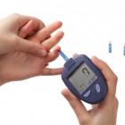 Medición de glucosa en una gota de sangre