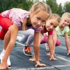 Niños practicando deporte