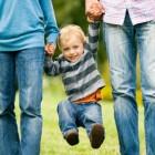 Un tirón fuerte del brazo de un niño puede provocar una pronación dolorosa
