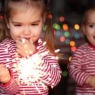 Niños jugando con fuego