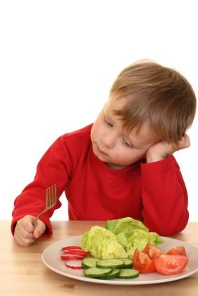 Niño que no quiere comer
